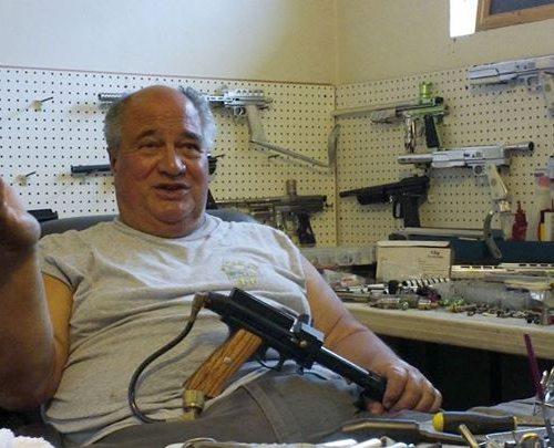 2012-8-23-earon-carter-video-footage